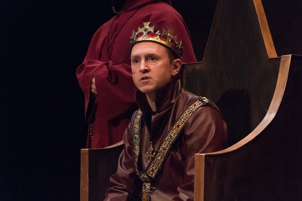 Drama alumnus returns to Greystone Theatre stage for Henry V